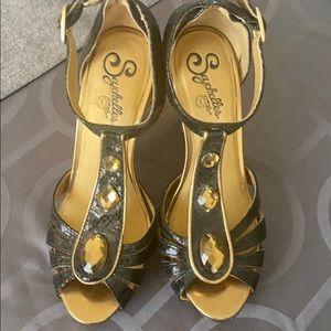 Seychelles black and gold embellished sandals